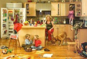 Հոգնելով անդադար լսելուց նույն արտահայտությունը, թե՝ «Ի՞նչ ես անում ամբողջ օրը», տնային տնտեսուհին գրեց սա՝ պայթեցնելով ողջ համացանցը